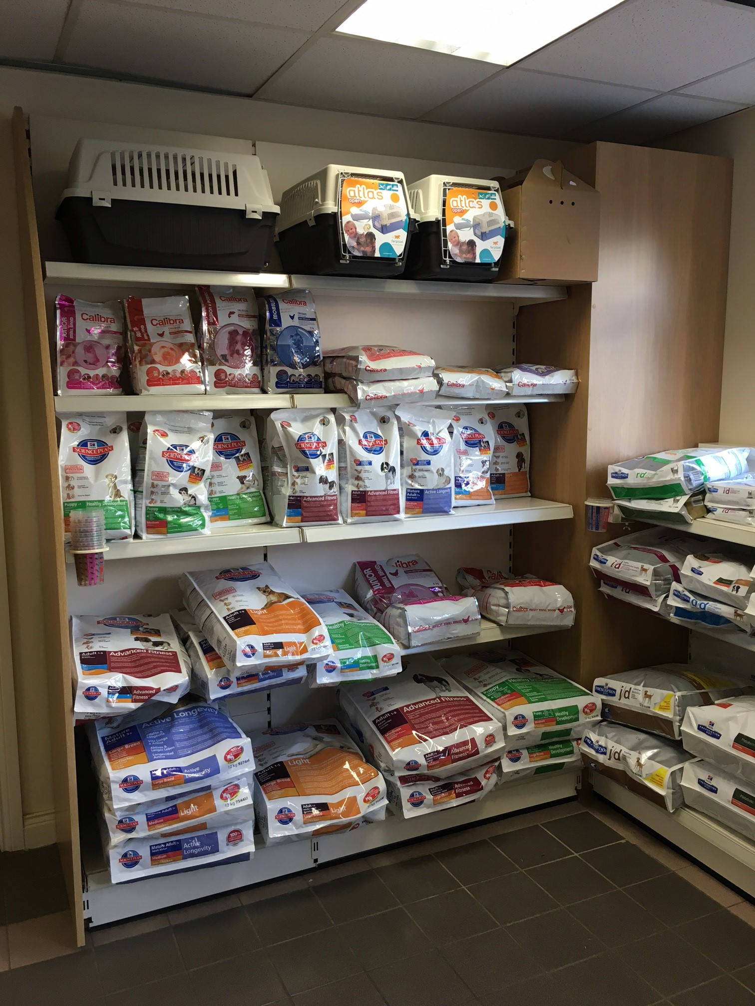 Veterinary Mortimer Shop Fitting Amp Shop Fitters