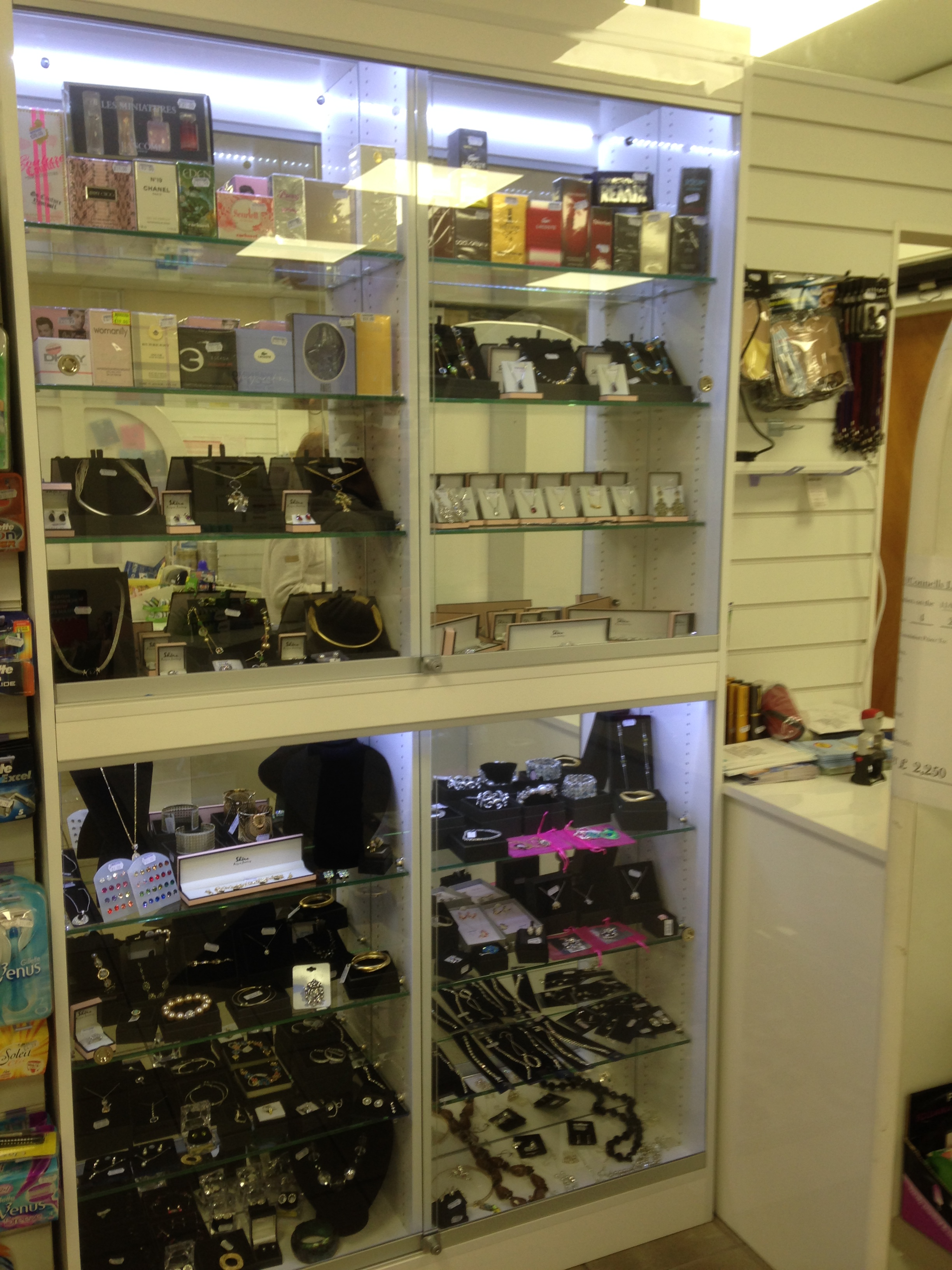 Pharmacy Mortimer Shop Fitting Amp Shop Fitters